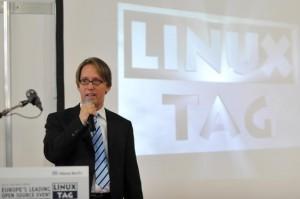 Opertura LinuxTag 2009 por Nils Magnus, Director de LinuxTag e.V.